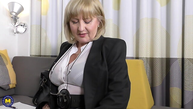 british ah-me porn blonde